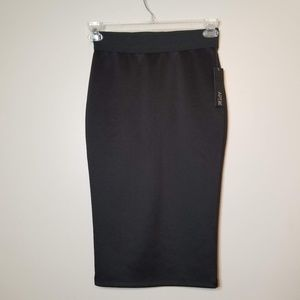 Apt. 9 Sz XS NWT Midi Tube Skirt Black Stretchy